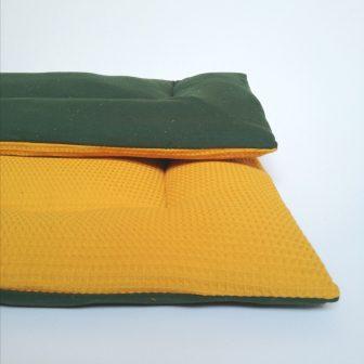 Boxkleed okergeel - groene spikkel